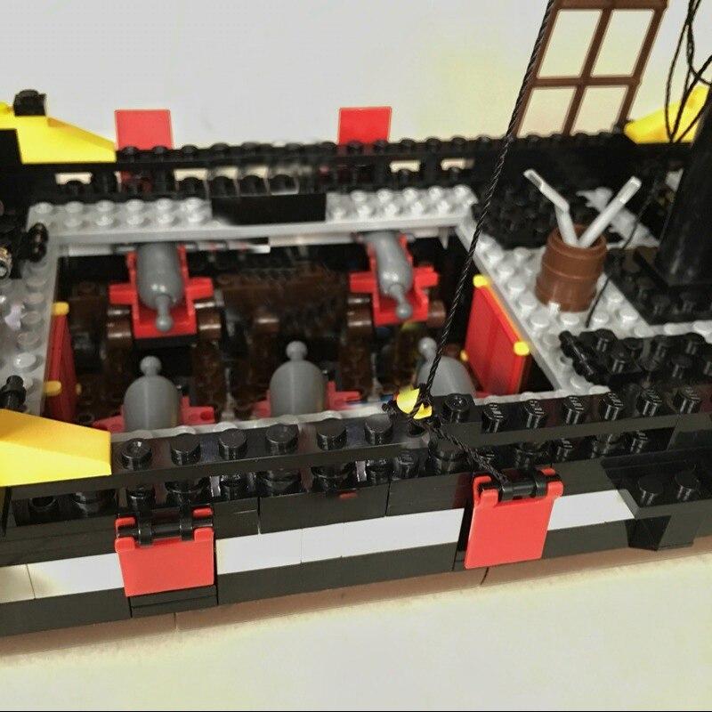 Toys & Hobbies ... Building & Construction Toys ... 32809214643 ... 5 ... Enlighten Blocks 870+pcs Pirates Ship Black Pearl Model Building Blocks Educational Building Toys For Children Kids Gift ...