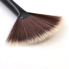 Фотография New Single Makeup Brush Blending/Contour/Cheek Blusher Powder Sector Makeup Brush Soft Fan Brush Foundation Brushes top quality