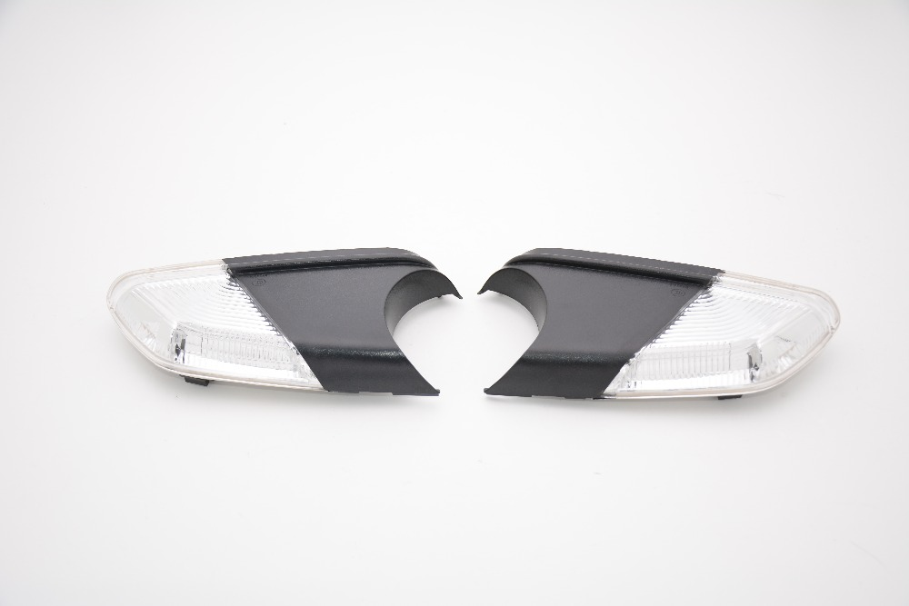 1Pair Wing Mirror Corner Lights Turn Signal Lamps For Skoda Octavia 2009-2012