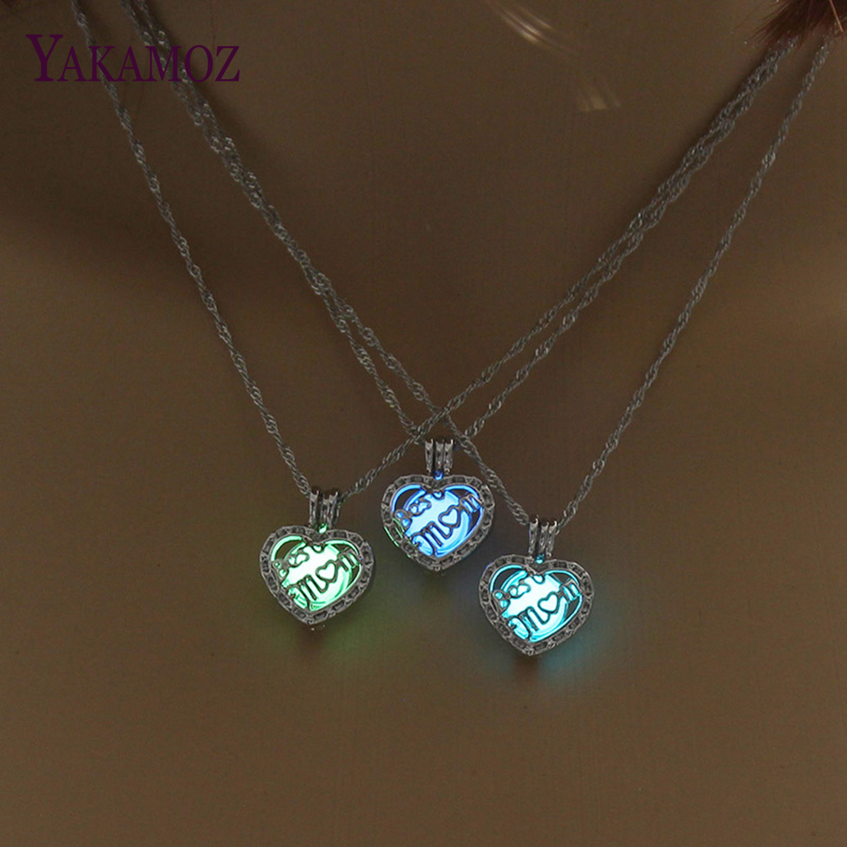 Wholesale Best MOM Luminous Necklace Heart Shape Pendant Choker Glowing Necklace Women Silver Color Chain Gift For Mom Jewelry