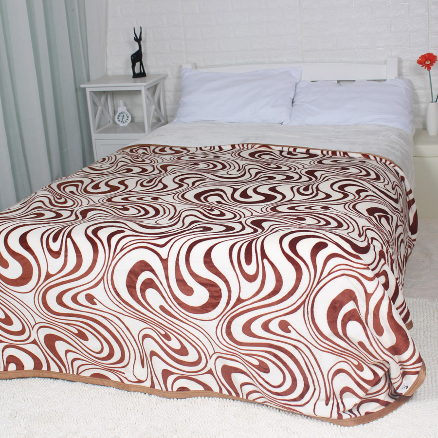 Winter blanket on the bed brown zebra stripe king queen for Blankets king size bed