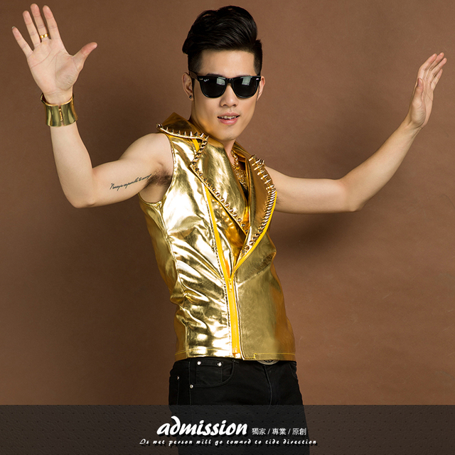 2015 New fashion Nightclub bar singer Male gold sequins Leather vest Personality rivet vest  dancer stage performance vest
