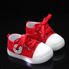 2018 European high quality baby LED first walkers Lace up glowing baby sneakers cool all season glowing baby casual shoes