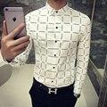 2016 Mens Camisas Xadrez Azul Moda Adolescente Slim Fit da Longo-luva Camisas Casuais Brancos Coreano Mens Designer De Roupas Clube Outfits