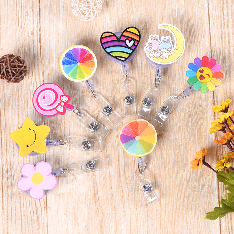 1Pcs Cartoon Star Smile Heart Clover Donuts Mini Retractable Badge Reel Pull Key ID Name Nurse Id Card Holder Badge Holder