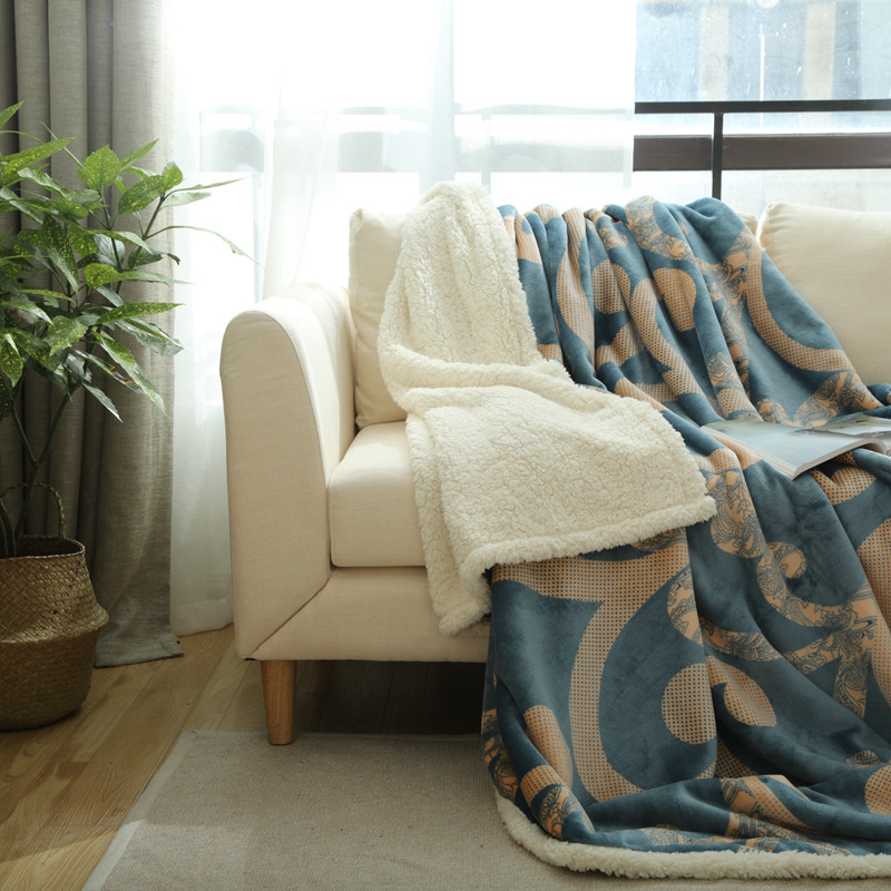 New fashion double thicker autumn and winter flannel wool blanket sofa / double bed single bed blanket bed sheet 1PCS