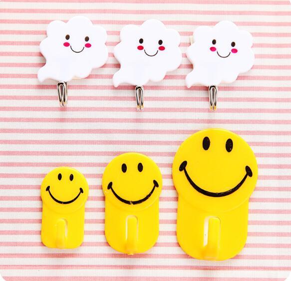 3pcs/set Cartoon Smile Face Hook Multifunction Kitchen Storage Plastic Hooks Bathroom Towel Holder Wall Rack LF 029