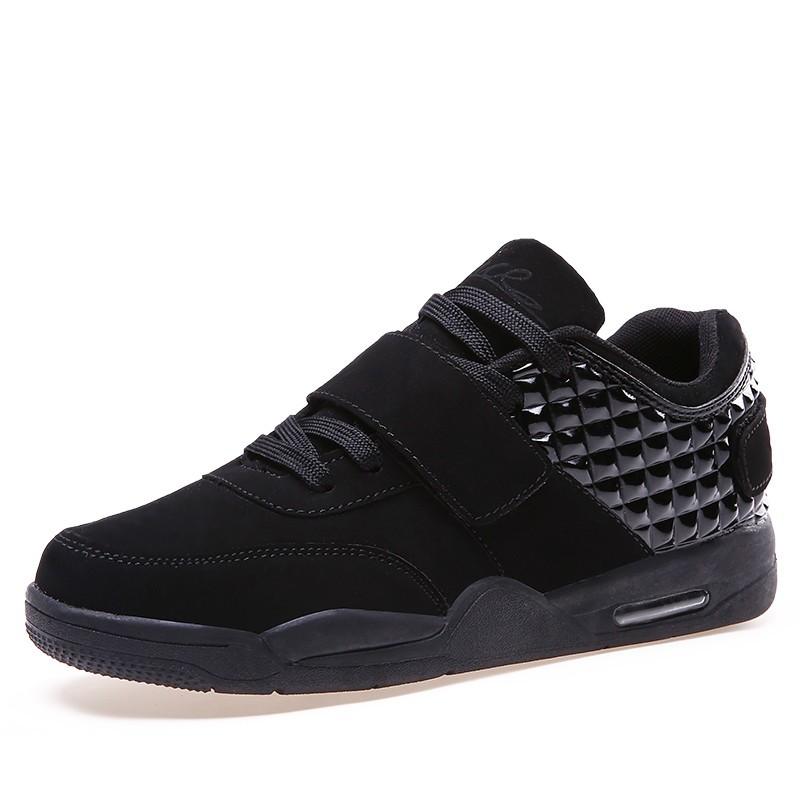 men sneakers02