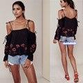Amor de las mujeres Atractivas Del Verano Del Hombro Negro Floral Bordado Blusa Correa de Espagueti Camis Tops Ocasionales Flojas Mujer Crop Top