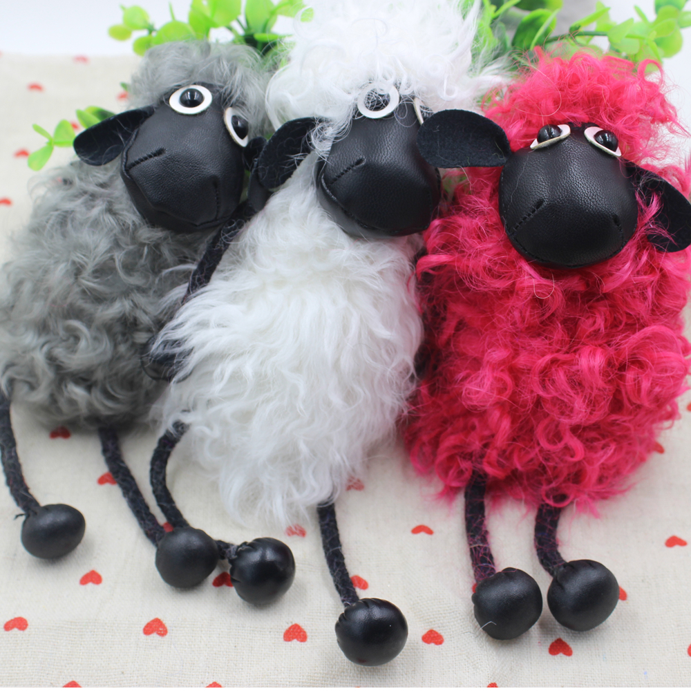 Hot Sell New Sheep Keychain Real Lambs Wool Fur Keychain Key Ring Wool Sheep Woollen Car Bag Key Accessory