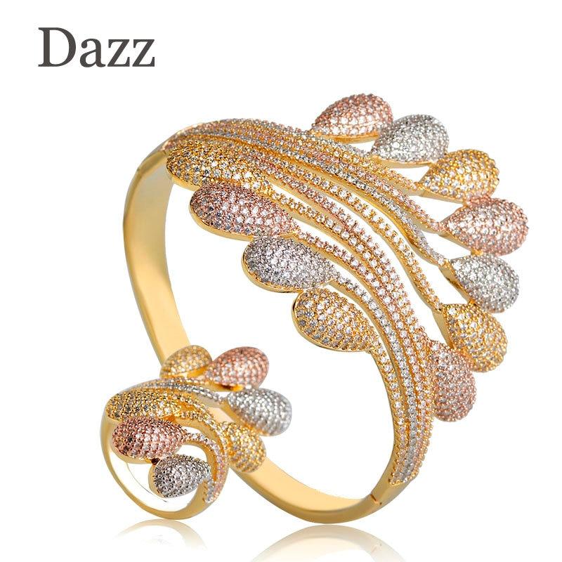 Dazz Brillant AAA zircone cubique ensembles de bijoux Femmes Large Plume Géométrie Trois Tons Couleur Bracelet Bracelet Et ensemble d'anneaux