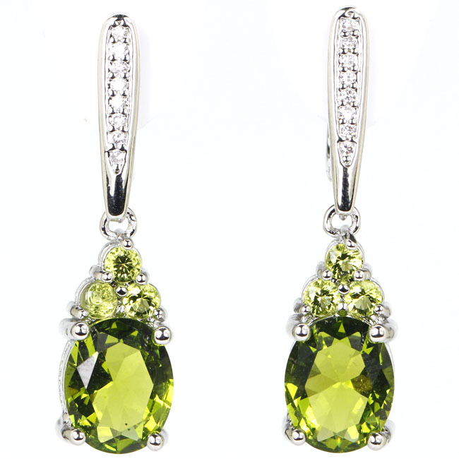 Ravishing Drop Shape Green Peridot Cubic Zirconia Woman's 925 Silver Earrings 32x8mm