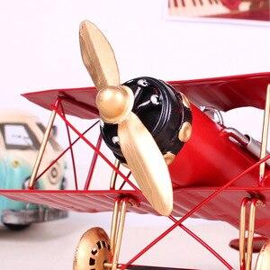 Image 3 - Vintage Metall Flugzeug Hause Ornamente Flugzeug Modell Spielzeug Für Kinder Flugzeug Miniatur Modelle Retro Kreative Wohnkultur