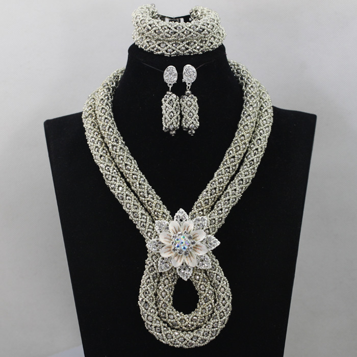 African Beads jewelry set Silver Wedding Bridal Jewelry Sets Crystal Bib Necklace Earrings Set 2017 Free shipping WD478African Beads jewelry set Silver Wedding Bridal Jewelry Sets Crystal Bib Necklace Earrings Set 2017 Free shipping WD478