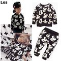 In the spring of 2017 autumn boy set pullove mickey O - neck long sleeve fashionable children's leisure cartoon animals