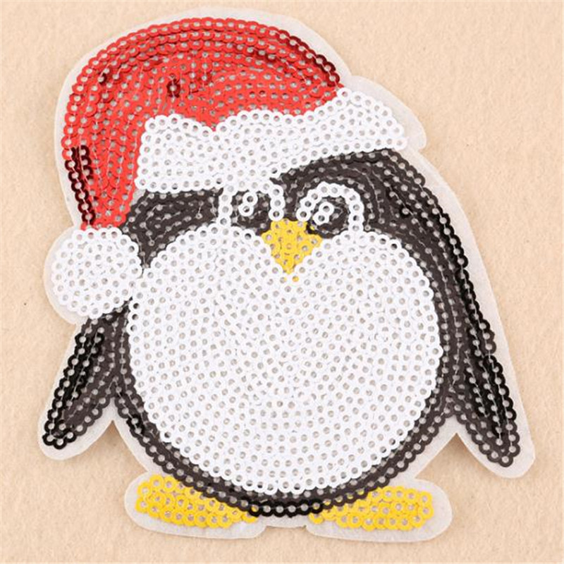 PENGUIN IN SANTA SUIT IRON ON PATCH APPLIQUE