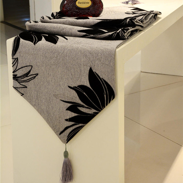 Ivory And Grey Black Flower Sequin Linen Material Luxury Table Runners Decoration For Dinning Room Elegant