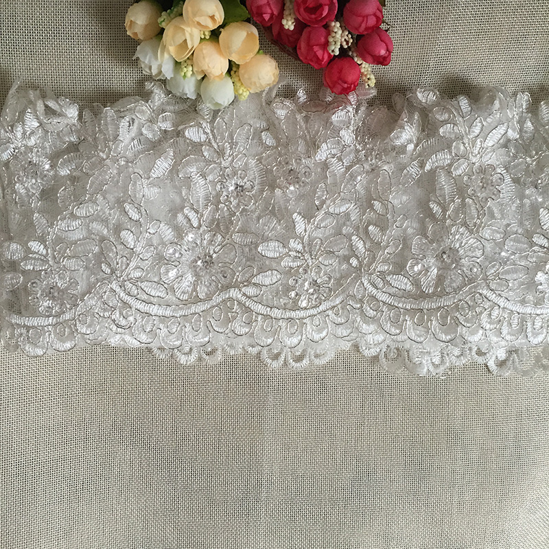 9Yards Bridal Lace Trim Alencon Lace Fabric Bröllop Scalloped Lace Applique Silver Car Bone För Bridal Veil