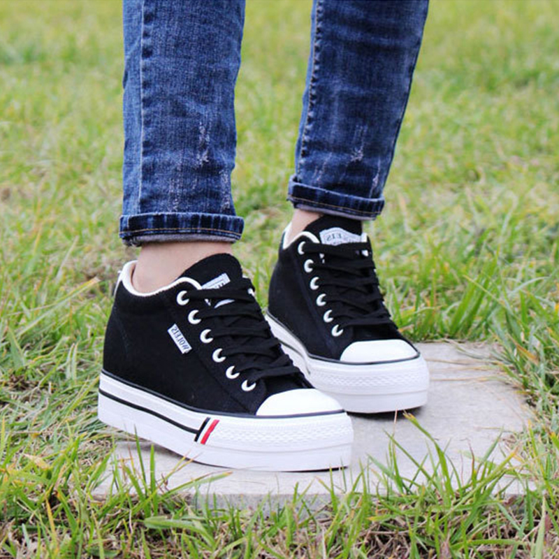 summer fashion women casual shoes lace up comfortable flat casual shoes slipony woman footwear leisure women canvas shoes 2018 Casual Women Vulcanize Canvas Shoes Ladies New Fashion Lace-Up Shallow Female Platform Shoes Leisure Summer Footwear KBT997