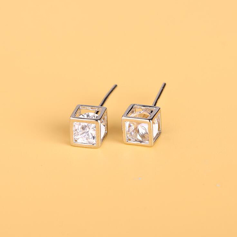 Fashion Silver Stud Earrings for Girls Women Stereo Square Crystal Earring with Box Best Gifts Pendientes Female Retro Jewelry