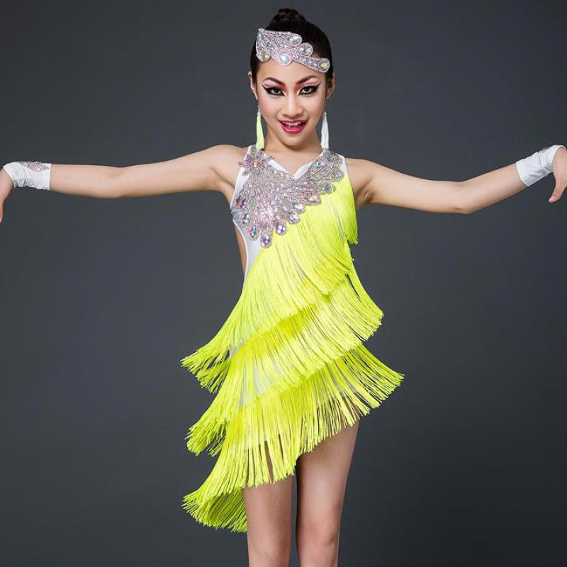 костюмы для латиноамериканских танцев фото помощью него