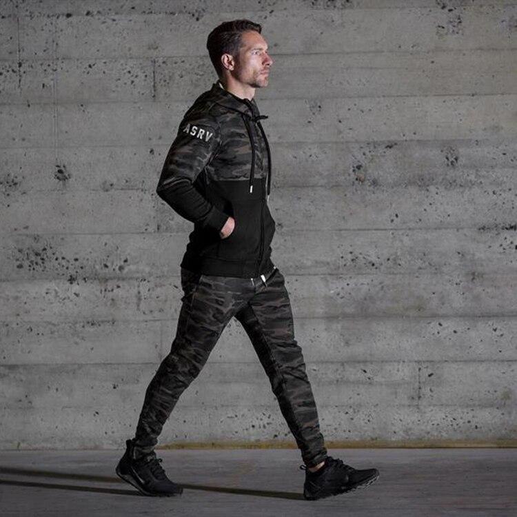 62fe31b966 2017 NOVO treino de musculação gasp sweatpants dos homens roupas casuais  camuflagem sweatpants corredores calças skinny calças quentes em Moletom de  Dos ...