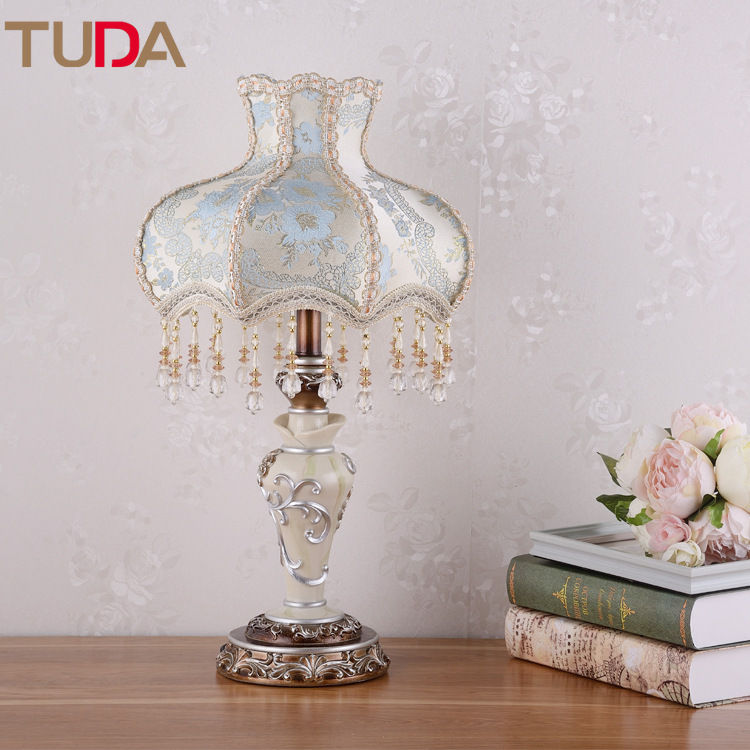 TUDA LED Table Lamp European Fabric Table Lamp Bedroom Bedside Living Room Study Retro Resin Table Lamp E27 110V 220VTUDA LED Table Lamp European Fabric Table Lamp Bedroom Bedside Living Room Study Retro Resin Table Lamp E27 110V 220V