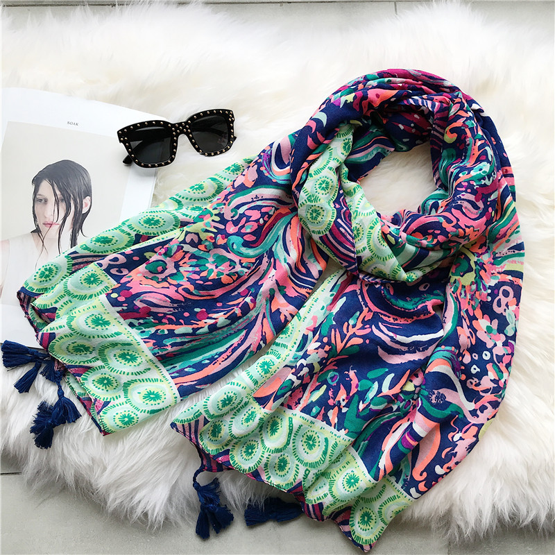 2018 New Fashion Style Ombre Flower Print Tassel   Scarf   Women Cotton Floral   Scarves     Wraps   Shawl Muffler Hijab Free Shipping
