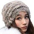 Sombrero de moda de Invierno de Imitación de Piel Sombreros Para Las Mujeres de Color de Mezcla de Punto Capo Femme Artificial Cony Pelo Casquillo Caliente