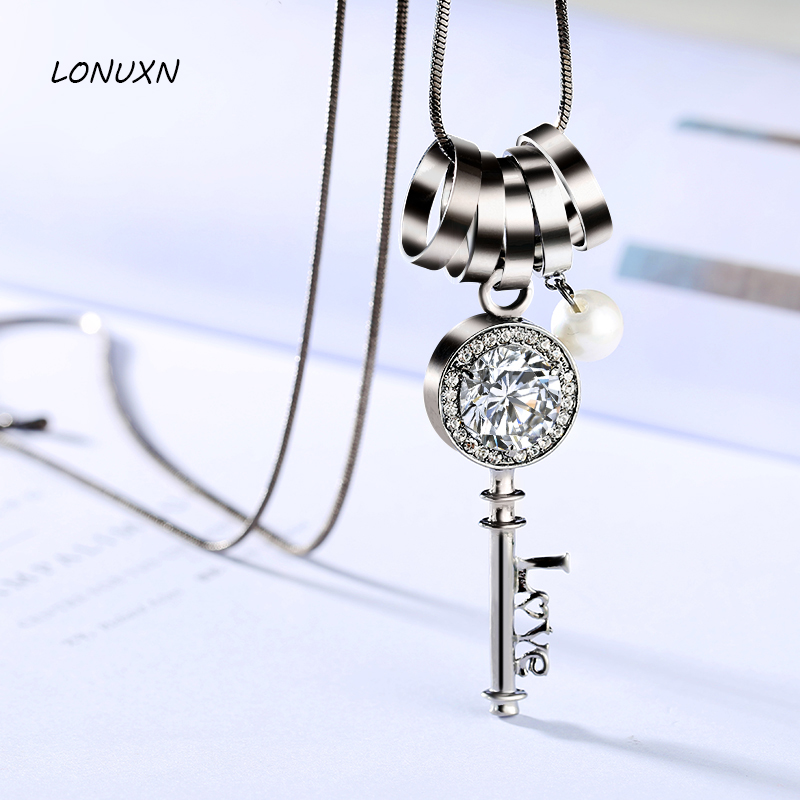 6*2cm circle 10 colors sweater chain long female simple women Jewelry Necklaces key shape Design Vintage Pendant lovers gift