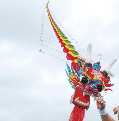 Haute qualité 12 M Chinses dragon cerf-volant haute qualité pure à la main si belle livraison gratuite wei cerf-volant vente prix de gros
