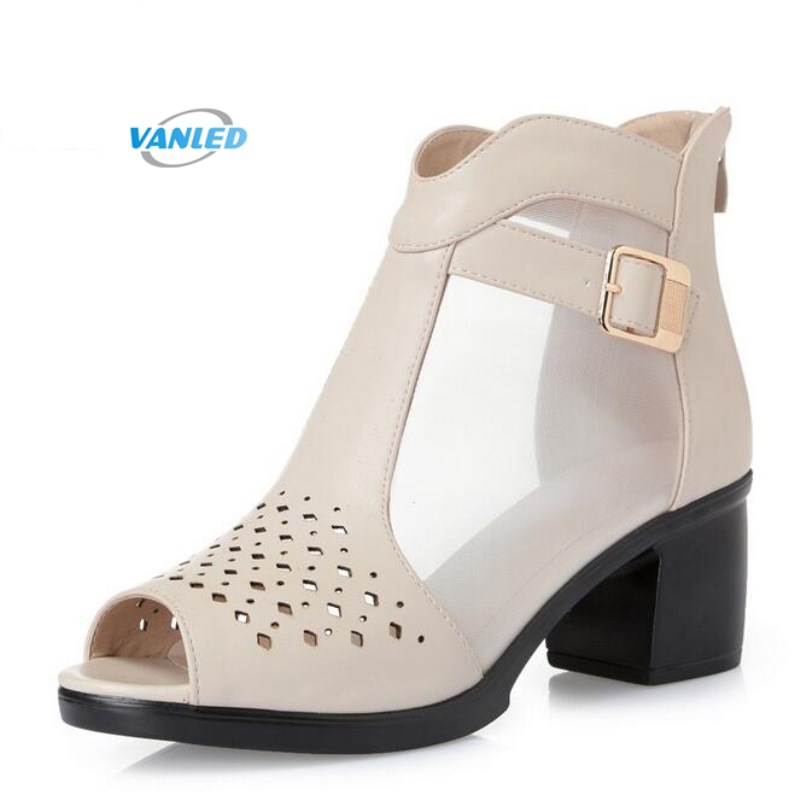 Hot 2018 spring and summer new fish head hollow women for Fish head shoes
