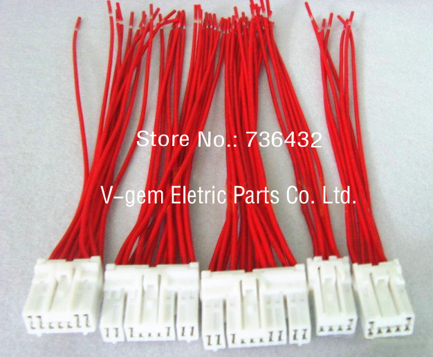 цена на Free shipping! Wholesaler monitor plug cable/monitor plug used for Kato HD820-1-2-3 Excavator monitor/Kato Excavator parts