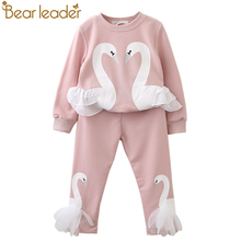 Bear Leader Girls Clothing Sets 2017 New Autunm Sets Children Clothing Lovely Swan Lace Design Sweatshirts+Pants Suit For 3-7Y