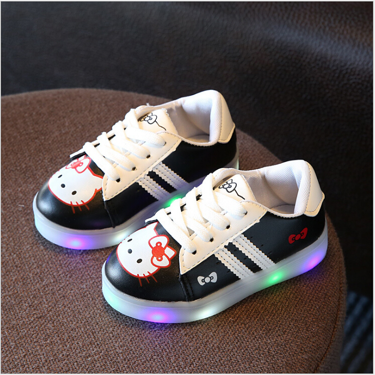 New-2017-Cool-LED-Lighted-Kids-Shoes-Fashion-SpringAutumn-Boys-Girls-Child-KT-Sneakers-Lovely-Baby-Lunimous-shoes-3-colors-1