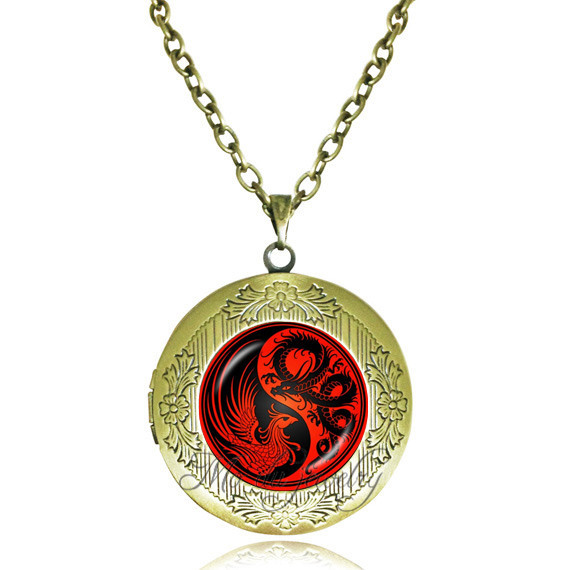 clay regnumlaternis on polymer bordeaux by red dragon necklace art