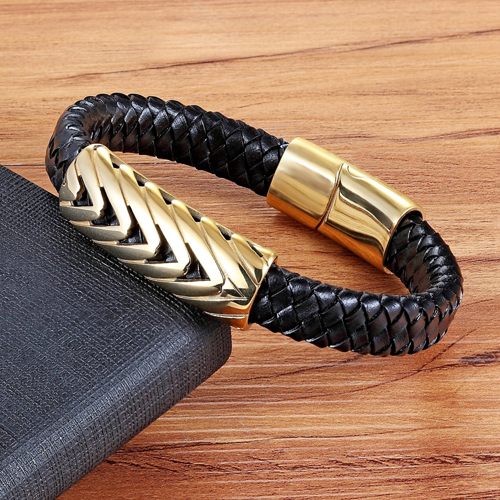 XQNI Holiday Gifts 2018 Personality Genuine Leather Bracelet Serpentine Arrow Design Gold Color Bangle For Men Fashion Jewelry