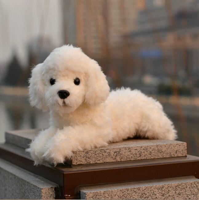 Peluche peluche chien poupée vraie vie en peluche animaux jouets pour les femmes blanc position couchée