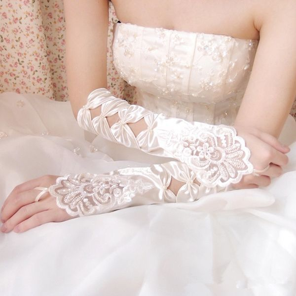 1 Pair Free Shipping Fingerless White Bride Gloves Lace Gloves Wedding Bridal Accessories long Gloves for Bridal Party 2017