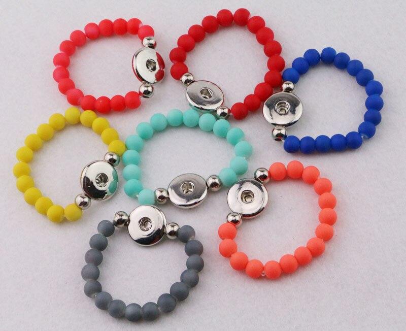 Wholesale 50pcs lot Mix colors Children Kids Acrylic 8mm Beads Elastic Bracelets Diy 18mm Snap Button
