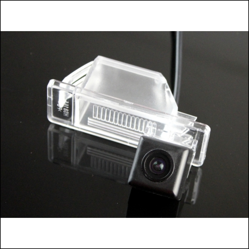 small resolution of car camera for nissan sunny n17 2011 2014 high quality rear view back up camera for fans use ccd rca