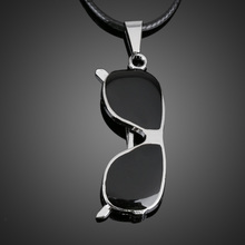 2017 New Fashion Shades Sunglasses Pendant Man Necklace Women Boy Jewelry