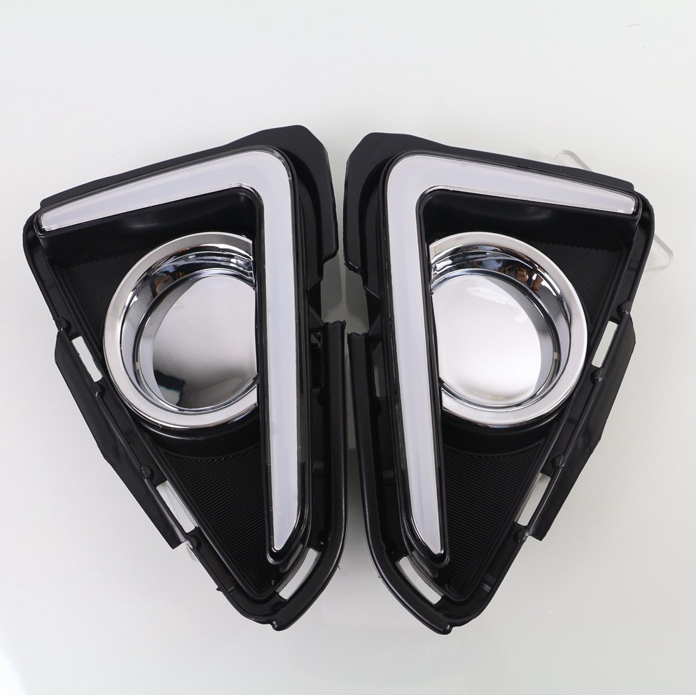 day LED Daytime running light fog lamp daylight drl with turn light function for Toyota RAV4 2016 2017 new 2 pcs drl led day daytime running light fog lamp with turn signal function fit for vw volkswagen cc new auto accessory