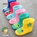 Koovan crianças botas de chuva 2017 novo rainning rainboots quentes das meninas dos meninos dos desenhos animados das crianças babys shoes criança crianças barcos de borracha