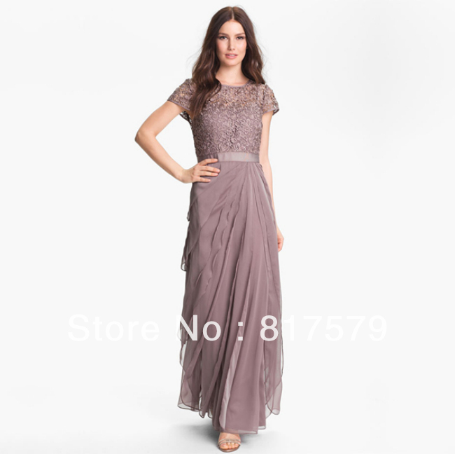 Stunning Light Purple Scoop Neck Short Sleeve Lace Bodice Long ...