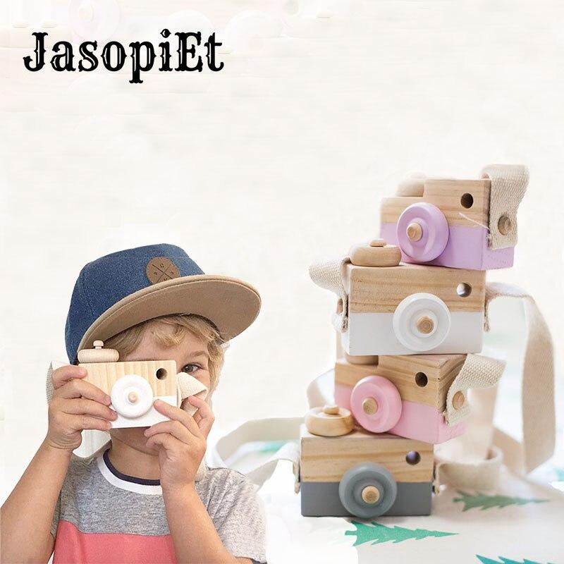 JasopiEt 9.5*6*3cm Mini Hanging Wooden Camera Toys