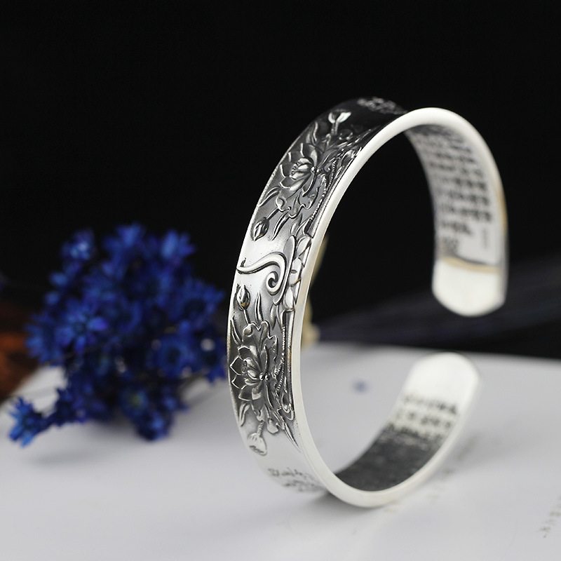 все цены на 2018 Real Women Bangle Fashion Of Products Sterling Jewelry Wholesale Ms Lotus Sutra Bracelet New Restoring Ancient Ways онлайн