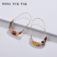 wing yuk tak Acrylic Moon Hoop Earrings For Women Hot Sales Modern Jewelry Vintage Fashion Woman Earrings Female 2019(China)