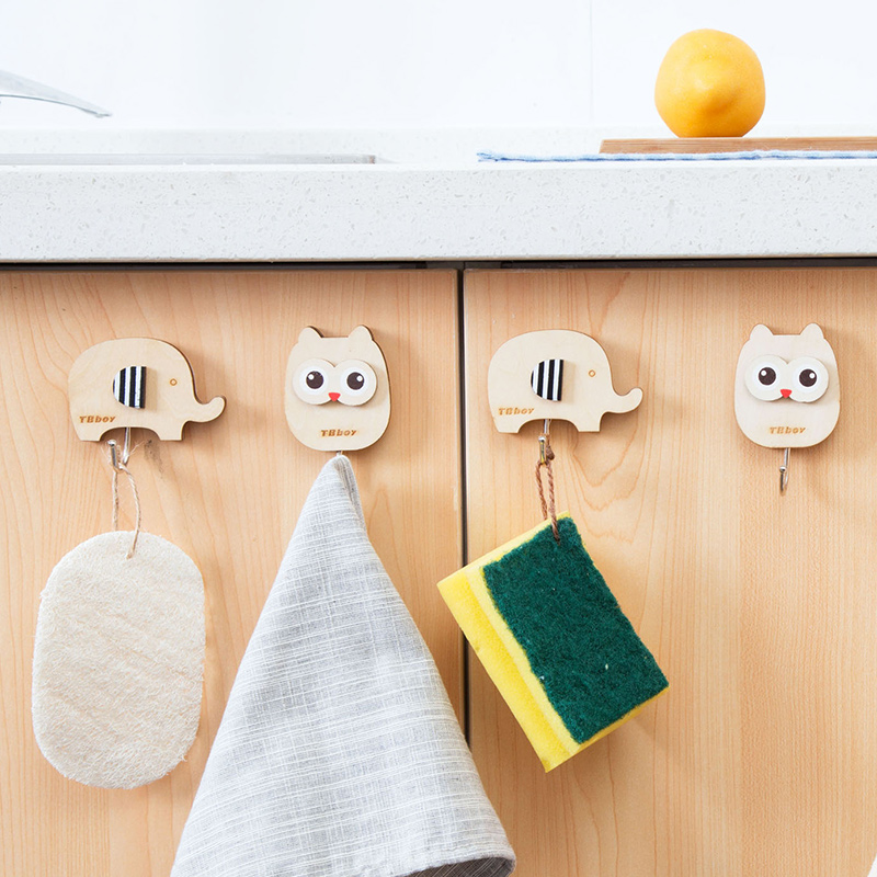 hot sale Cartoon Wood Owl powerful adhesive hooks Kitchen/Bathroom/Bedroom/Living room Super Weigh Hook up Hooks and Rails 64093
