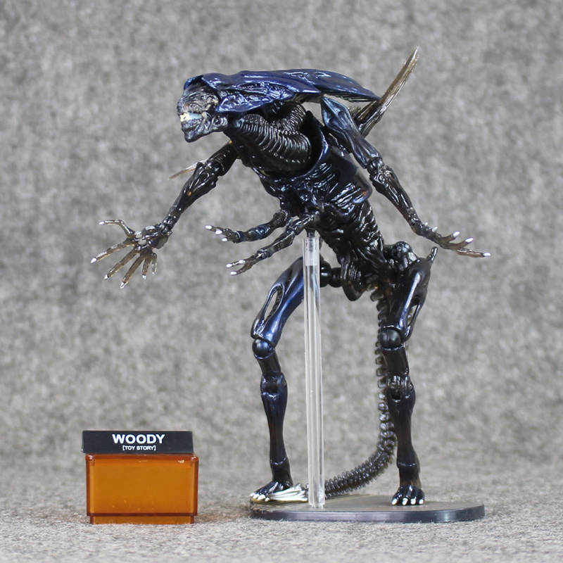 SCI-FIRECOLTECK Aliens Series Alien Queen Xenomorph Warrior PVC Action Figure Collectible Model Toy Doll 17cm neca aliens 1 4 scale xenomorph warrior super big pvc action figure collectible model toy 18 retail box ems free shipping wu600